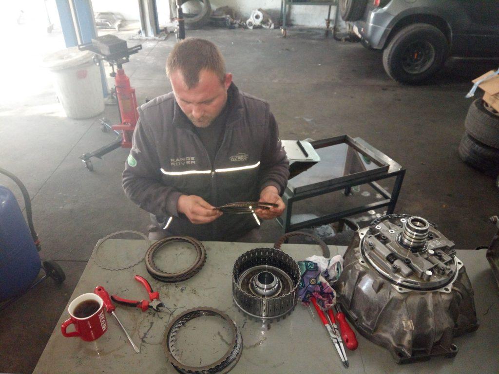 İzmir Range Rover Otomatik Şanzıman Onarımı