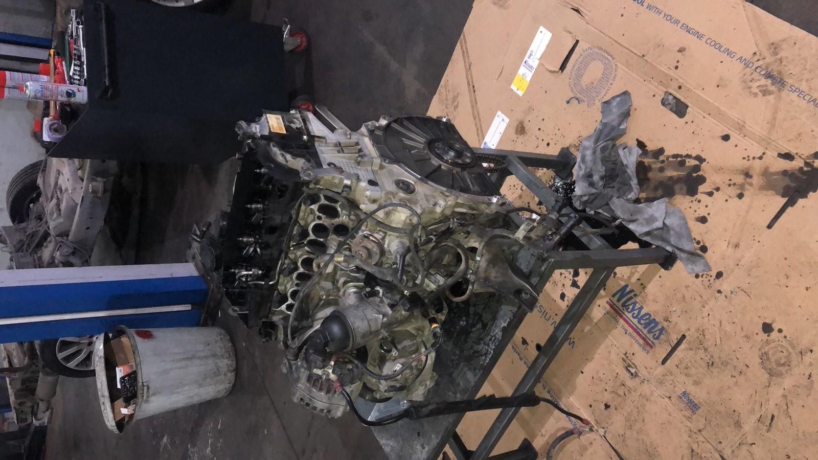 İzmir Range Rover Periyodik Bakım, Motor Yağı, Yağ Filtresi, Hava Filtresi, Polen Filtresi ve Yakıt Filtresi Değişimi